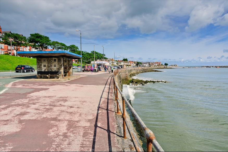 Council acts on Rhos prom shelters after complaints