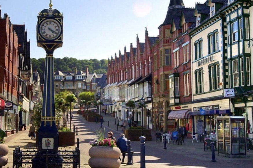 £90m boost for struggling town centres across Wales