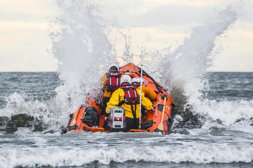 Support our local RNLI lifesavers by doing your Mayday Mile